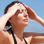 كيف تعالج ضربة الشمس بالماء ؟