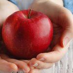 التفاح .. يحميك من خطر الإصابة بالسرطان وضغط الدم والسكري