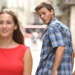 لماذا يحدق الرجال بالنساء؟